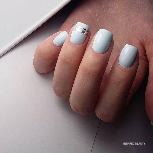light blue short acrylic nails