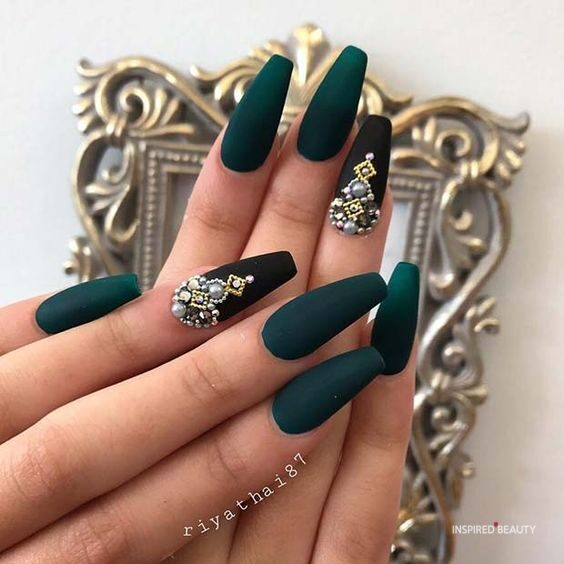 Dark Green Coffin Nails