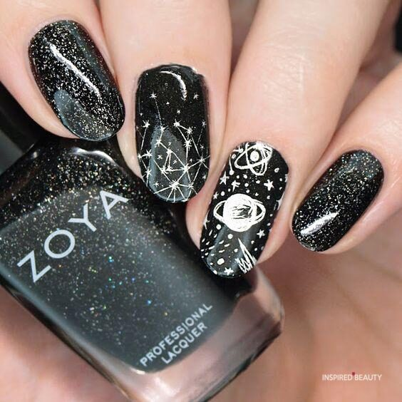 black and silver nail designs