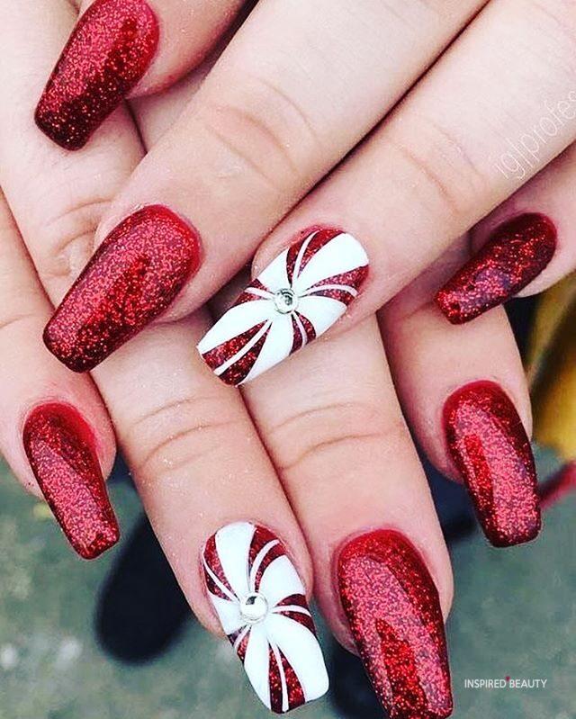 christmas nails | acrylic