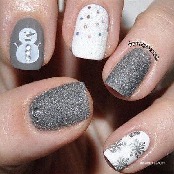 Gray christmas gel nails