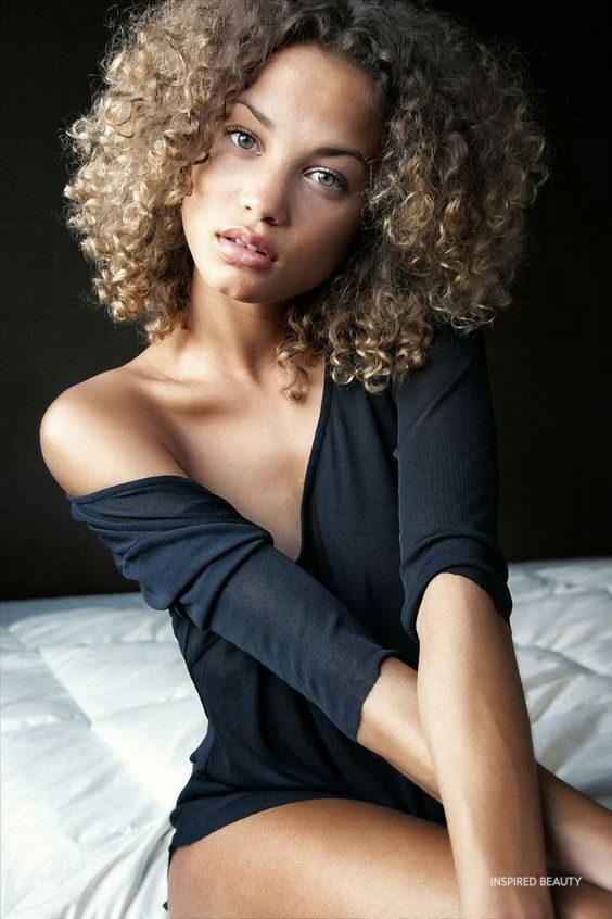 Kinky Curly and Cute Hairstyle (29 Photos)