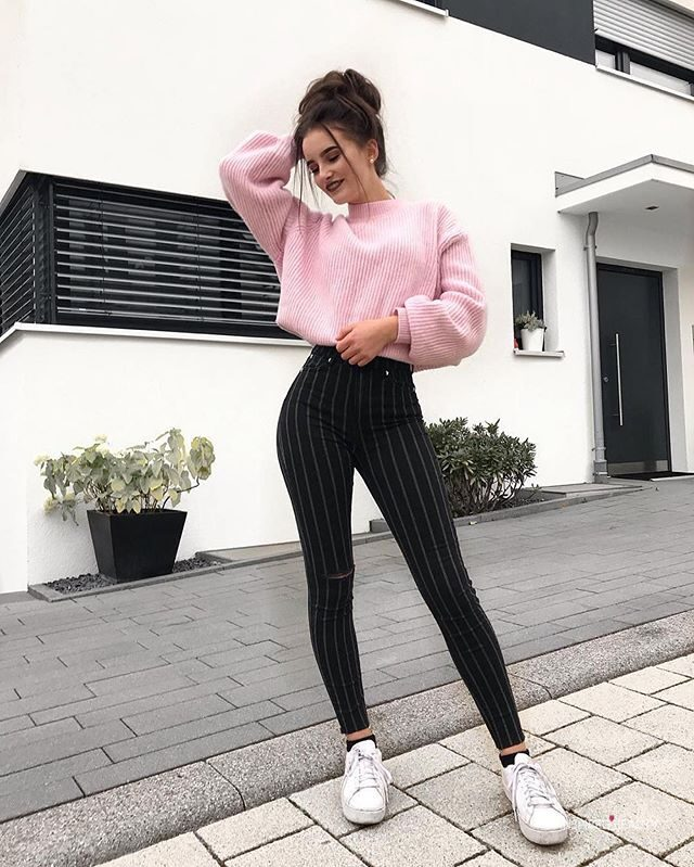 Cute Pink sweater for fall