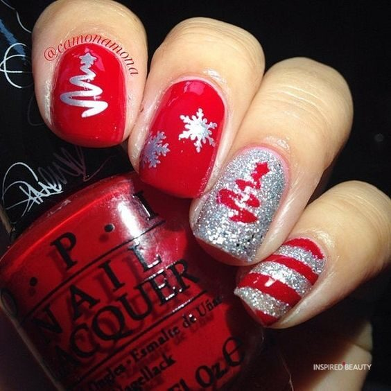 Short Christmas nails