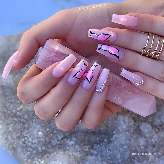 How Long Does it Take to Get Your Nails Done