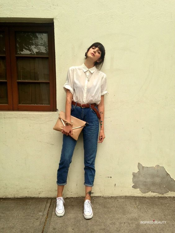 vintage white t shirt and jeans outfit