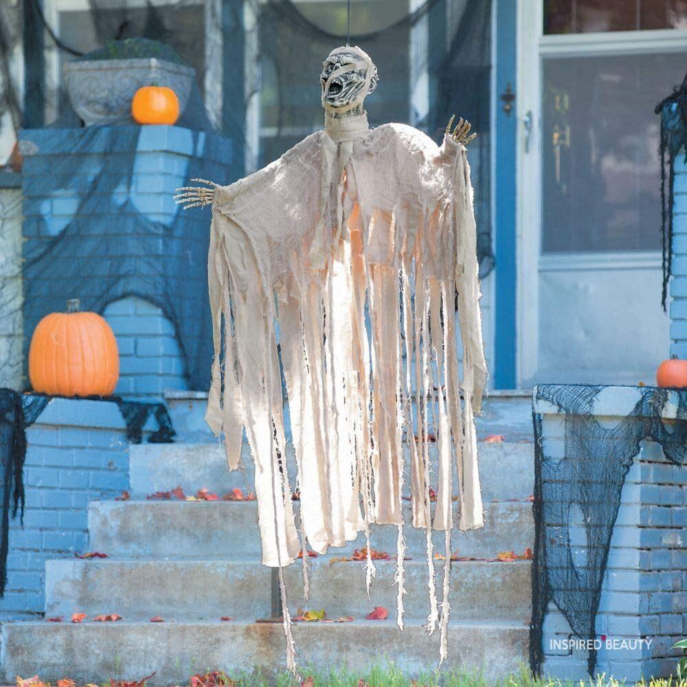 mummy and pumpkins Halloween decor