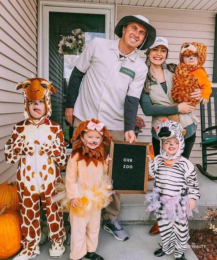 Halloween costume zoo